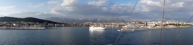 Split-Skyline-Panorama-1
