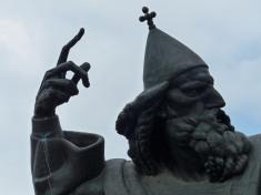 Split-Statue_Bischof_von_Nin_Gregors-4