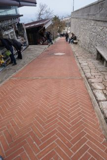 San_Marino-Altstadt-Aufstieg_zur_Burg-2