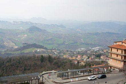 San_Marino-Ausblick-Berge-1