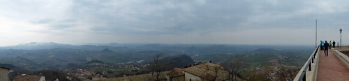 San_Marino-Ausblick-Berge-Panorama-4