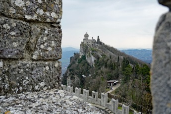 San_Marino-Blick_auf_Seconda_Torre-3