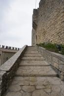 San_Marino-Castello_della_Guaita-La_Rocca-Treppe-2