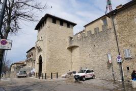 San_Marino-Eingangstor_zur_Altstadt-1