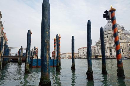 Venedig-Canal_Grande-Gondelfahrt-1