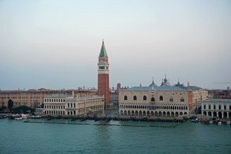 Venedig-Canal_Grande-Markusplatz-Campanile-1