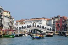 Venedig-Canal_Grande-Rialtobruecke-4