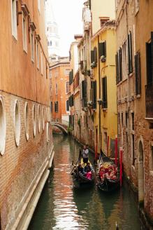 Venedig-Gondel-Kanal-5