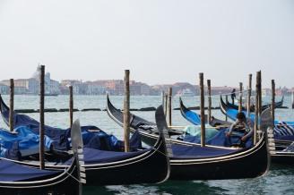 Venedig-Gondeln-2