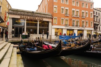 Venedig-Hardrock_Cafe-Gondel-1