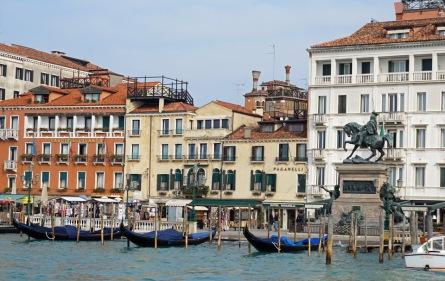 Venedig-Riva-Denkmal-1