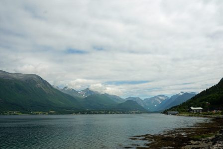 Andalsnes-Isfjord-Wolken-2