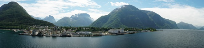 Andalsnes-Ortschaft-Panorama-2