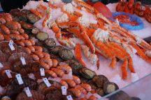 Bergen-Fischmarkt-Fische-1