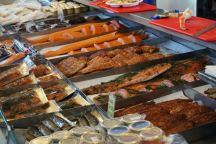 Bergen-Fischmarkt-Fische-2