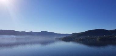 Bergen-Sonnenaufgang-Fjord-1