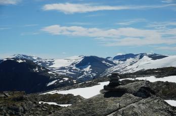 Geiranger-Dalsnibba-Berge-Schnee-6