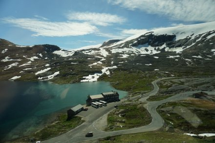 Geiranger-Dalsnibba-Bergsee-Schnee-2
