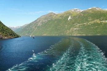 Geiranger-Fjord-Fahrrinne-3