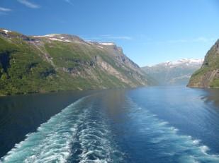 Geiranger-Fjord-Fahrrinne-8