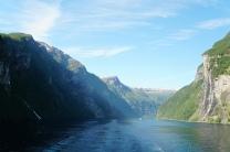 Geiranger-Fjord-Wasserfall-Sieben_Schwestern-4