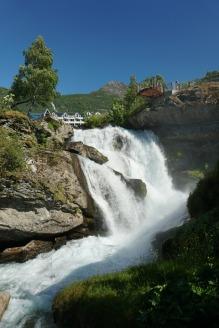 Geiranger-Wasserfall-9