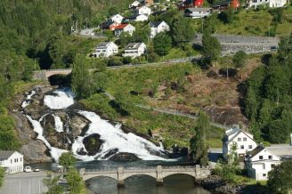 Hellesylt-Wasserfall-1