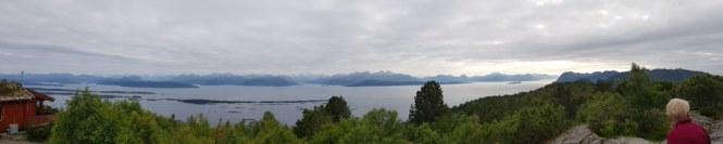Molde-Varden-Aussicht-vorgelagerte_Inseln-Panorama-1