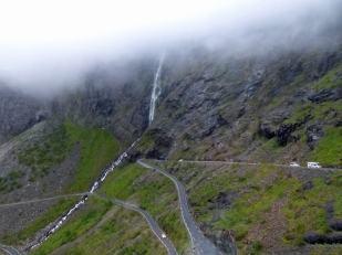 Norwegen-Haarnadelkurven-Trollstigen-1