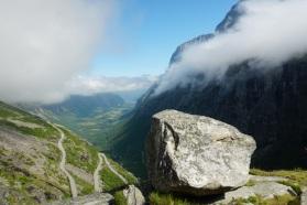 Norwegen-Trollstigen-Aussicht-blauer_Himmel-3