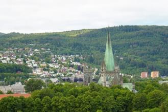 Trondheim-Ausblick_ueber_Nidarosdom-2