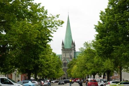 Trondheim-Nidarosdom-Allee-1