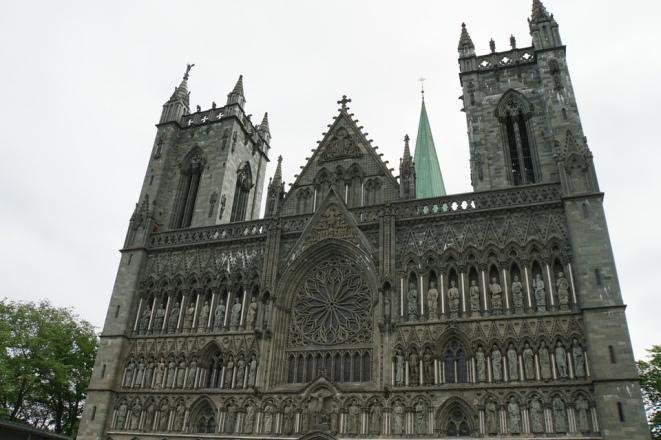 Trondheim-Nidarosdom-Fassade-1