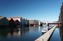 Trondheim-Nidelva-Bakklandet-Speicherhaeuser-8