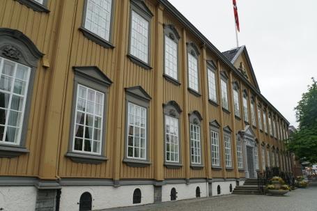 Trondheim-Stiftsgarden-Fassade-1