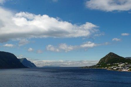 Alesund-Fjord-Himmel-Wolken-1