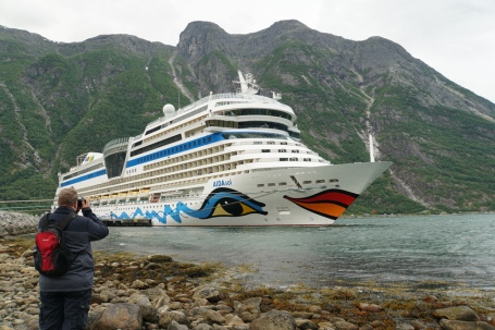 Norwegen-Eidfjord-AIDAsol-wir-4