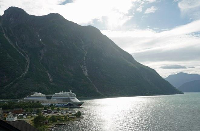 Norwegen-Eidfjord-Ausblick-AIDA-5
