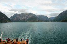 Norwegen-Eidfjord-Fahrrinne-4