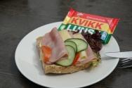 Norwegen-Eidfjord-Hardanger_Naturcenter-Cafe-Sandwich-9