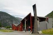 Norwegen-Eidfjord-Hardanger_Naturcenter-Gebaeude-6