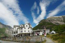 Norwegen-Eidfjord-Hotel_Voringsfoss-1