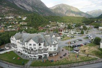 Norwegen-Eidfjord-Ortschaft-Hotel-6