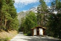Norwegen-Eidfjord-Wanderweg_gelb-Toilettenhaus-4