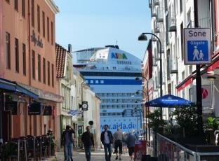 Norwegen-Stavanger-Einkaufstrasse-AIDA-1