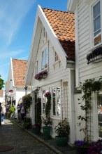 Norwegen-Stavanger-Gamle_Stavanger-Altstadt-weisse_Holzhaeuser-11