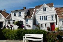 Norwegen-Stavanger-Gamle_Stavanger-Altstadt-weisse_Holzhaeuser-6