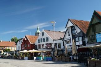 Norwegen-Stavanger-Hafen-Cafe-1