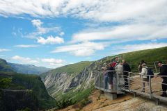 Norwegen-Voringfossen-Landschaft-Aussichtsplattform-1