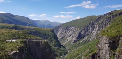 Norwegen-Voringfossen-Landschaft-Schlucht-Panorama-2